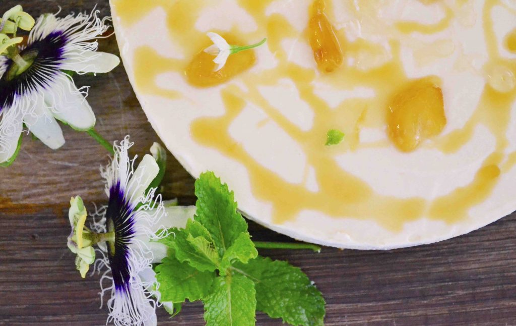 Yoghurt, honey and ginger cake